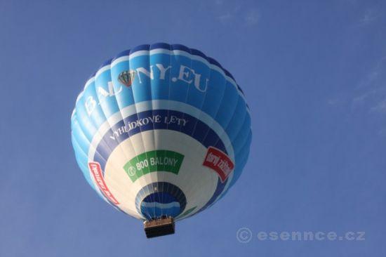 Let balónem Helfštýn