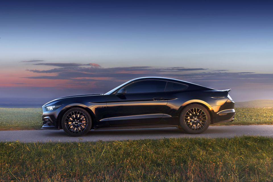 Jízda ve Ford Mustang GT Praha  fda45b4e38