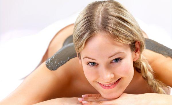 Detoxikační balíček (peeling, masáž, zábal)