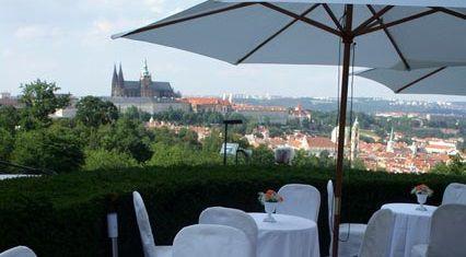 Romantická noc v srdci Prahy