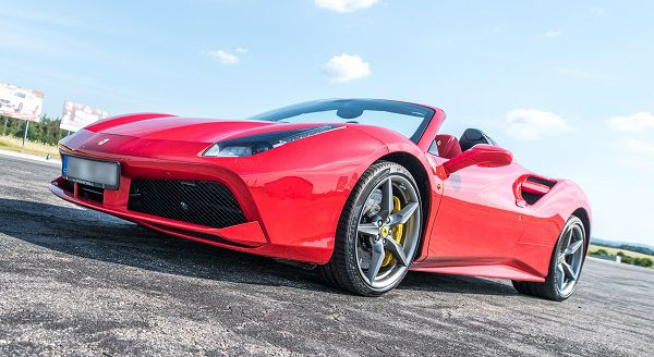 Jízda ve Ferrari - 8 kol